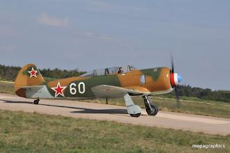 """Photo: les """"Warbirds"""" s'apprètent à faire vibrer le ciel des mélodies de leurs moteurs, et ainsi illustrer le conflit europe WW2.   Côté Russe, le Yak 11 aux couleurs du Neu-Neu """"Normandie-Niemen"""""""