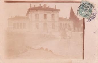 Photo: Orgueil (82) - Les écoles - Carte postée à Orgueil le 22/07/1906 à destination de Mr et Mme Monthagut à Orgueil