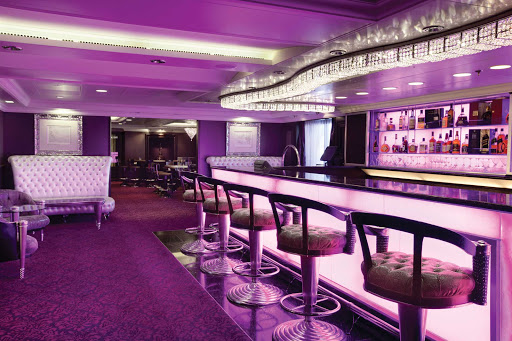 Oceania-Casino-Bar3.jpg - You don't have to wager to enjoy the Casino Bar on Oceania Cruises.