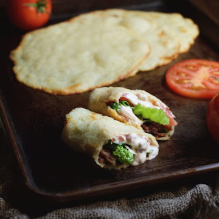 Low-Carb BLT Wraps with Chipotle Mayonnaise Recipe