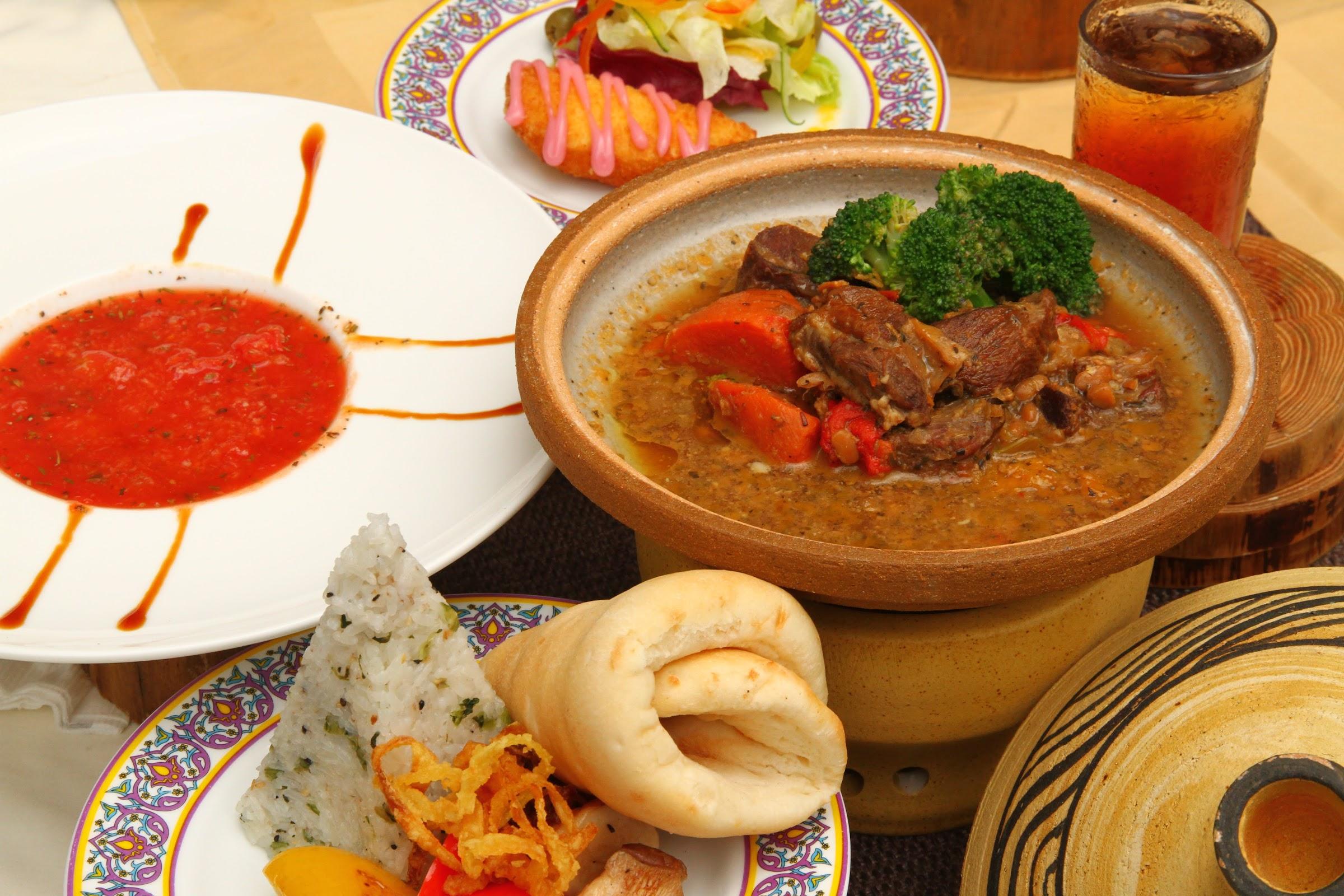 六福村-阿拉丁餐廳