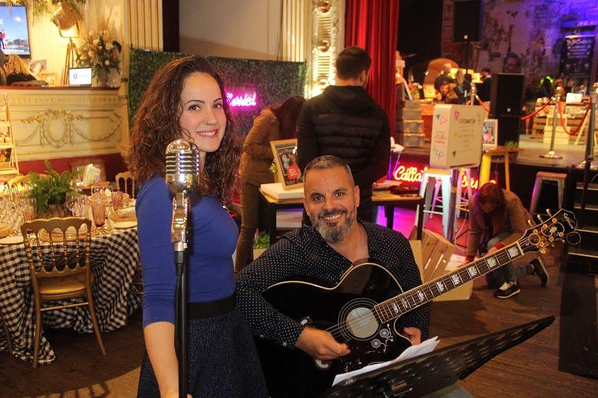 Sara y Mario, integrantes del grupo Rue Bourbon