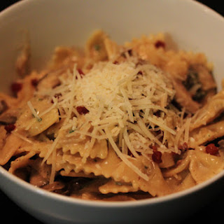 Pasta with Mushrooms, Pancetta and Sage