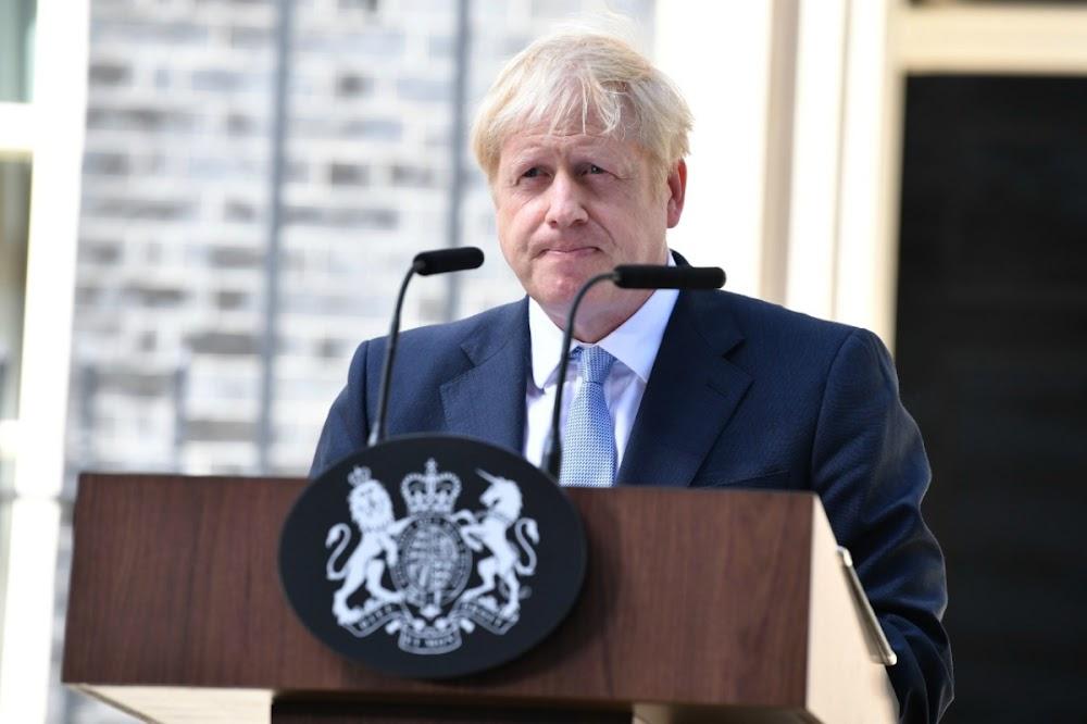 Boris Johnson word daarvan beskuldig dat hy 'n staatsgreep van Brexit gemaak het om die parlement te skors