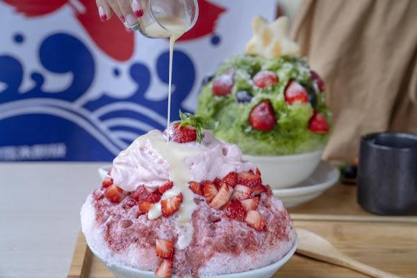 高雄 冰屋 前鎮區超人氣刨冰,新鮮草莓與Q彈白玉超誘人~