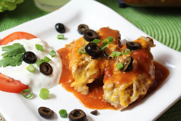 Easy Cheesy Mexican Stuffed Shells