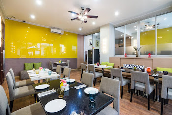 Watthana Serviced Apartments