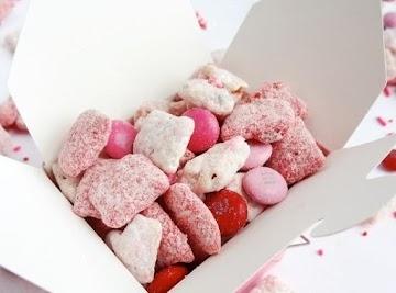 Valentine's Day Strawberries And Cream Puppy Chow Recipe