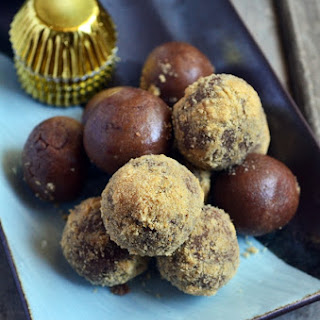 Chocolate Biscuits Balls Recipes.