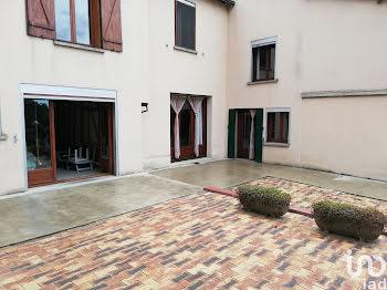 maison à Launois-sur-Vence (08)