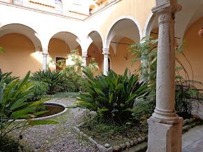 Photo: Cloister, Convento Sta Caterina