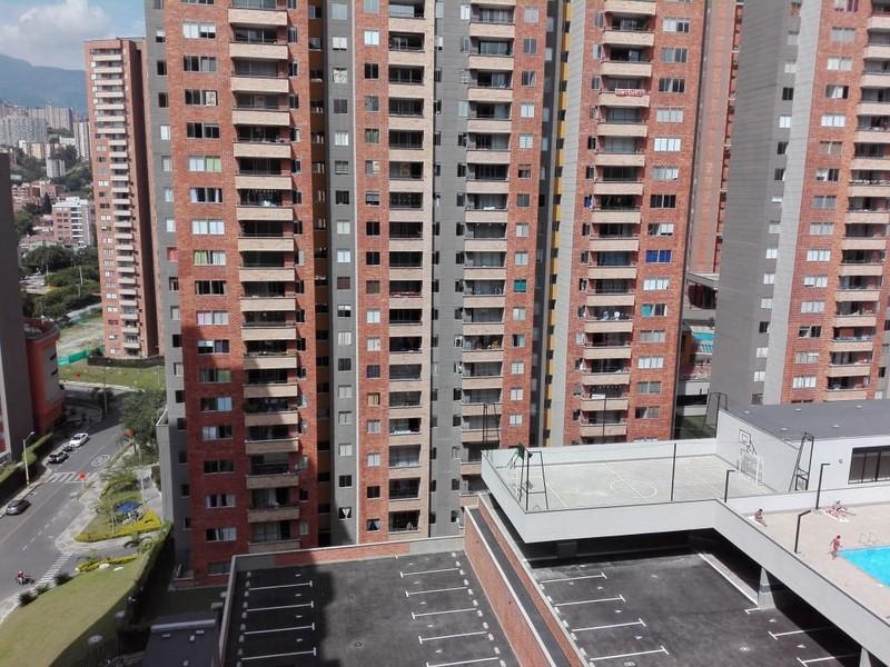 apartamento en arriendo san german 679-21072