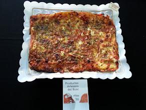 Photo: Pizza de del Bosc (pernil dolç, bacó, sobrassada, formatge d'untar, formatge ratllat  i orenga)