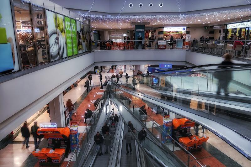 Centro commerciale di Massimiliano_Montemagno