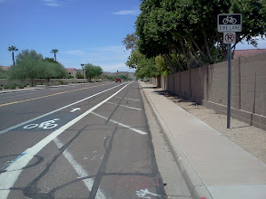 Photo: Knox Rd, Phoenix. (Pic3) Let there be no doubt: this is a bike lane.
