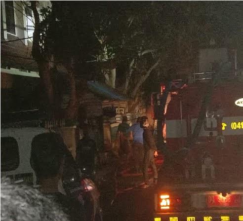 Gedung Dispusipda Kab. Selayar, Terbakar Kerugian Ditaksir Mencapai 100 Juta Rupiah