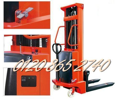 Xe nâng bán tự động 1. 5 tấn cao 2m giá rẻ - siêu cạnh tranh liên hệ 01208652740