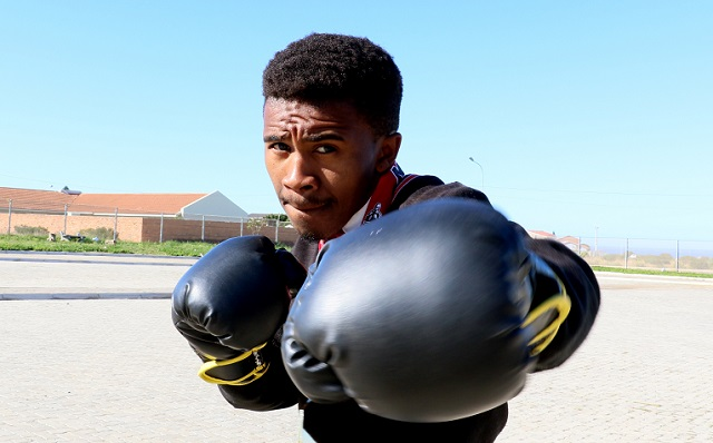 Grade 11 pupil Sinethemba Mooi is a rising star in martial arts.