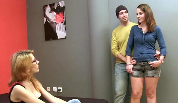 Xavi y Luna: no son liberales pero hoy vivirán esta experiencia. A ella le encanta que le coman el coño.