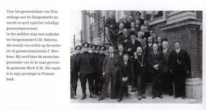 Photo: 1936 voltallig gemeentepersoneel