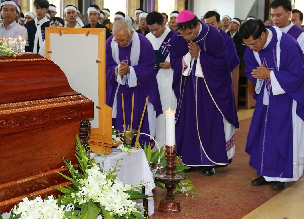 Thánh lễ an táng Cha Đaminh Vũ Đức Hậu - Giáo phận Ban Mê Thuột - Ảnh minh hoạ 2