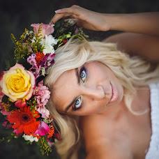 Wedding photographer Viktoriya Rendom-Savinkova (VickyRandom). Photo of 05.09.2014