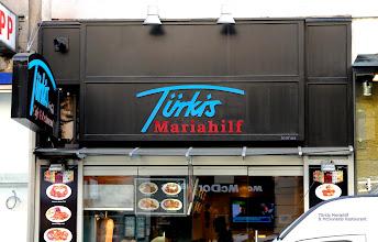 Photo: Türkis Mariahilf & McDonalds Restaurant in Wien