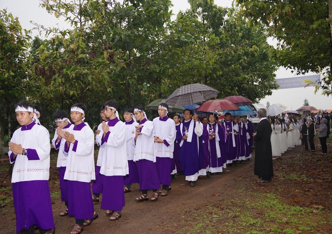 Thánh lễ an táng Cha Giuse Trần Ngọc Tâm - Chánh xứ Xuân Đức - Ảnh minh hoạ 45