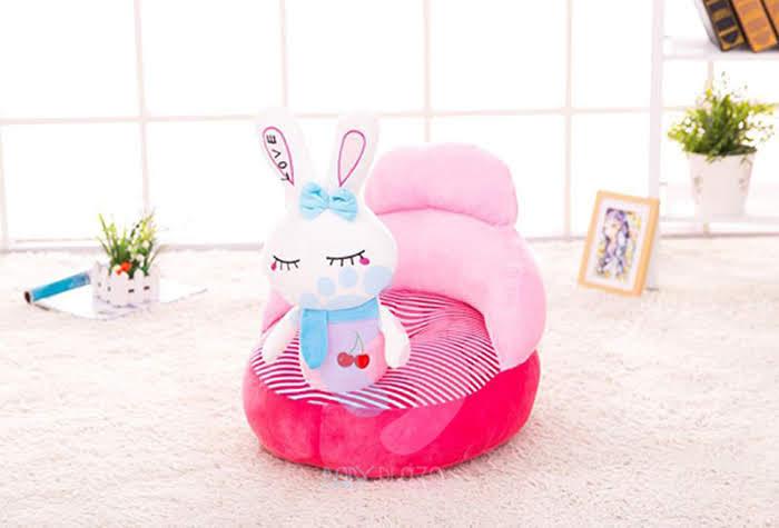 ghế ngồi thỏ trắng