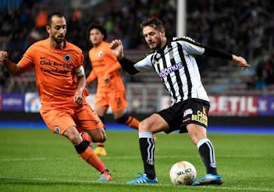 """Vazquez à propos de Charleroi: """"Fort défensivement et agressif"""""""