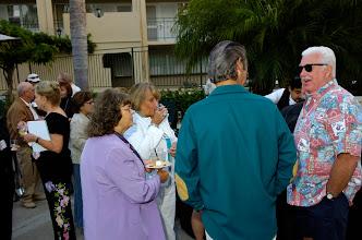 Photo: Peggy Tremayne, Patti Elias Merritt, Marilyn Stennet Hamilton '60, Sue Hatter Martin, Bill Hamilton, Dick Martin
