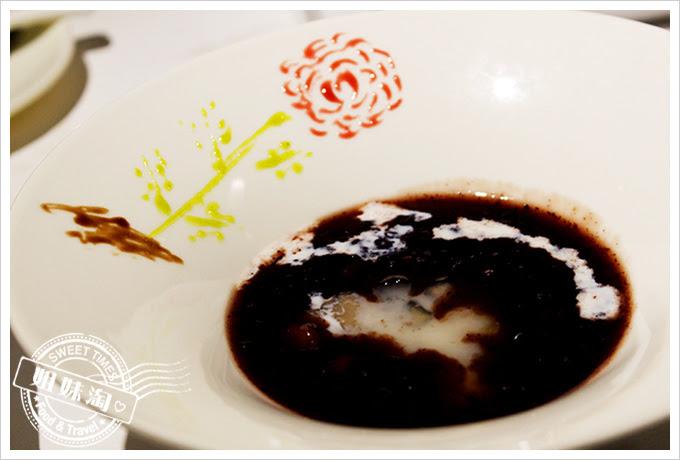 新國際西餐廳桂圓紫米釀
