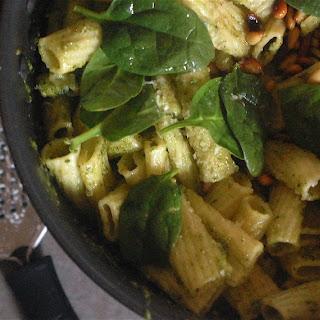 Spinach, Pesto and Pine Nut Pasta Recipe