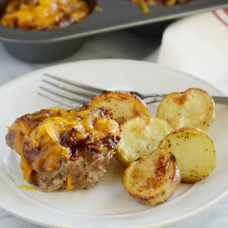 Cheddar Barbecue Meatloaf Muffins