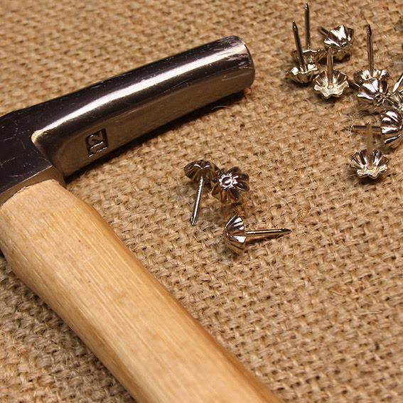 Möbelspik Blomma - silver