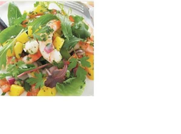 Quick No Cooked Shrimp Salsa Salad