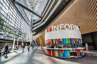 Photo: Information at the main level of the Tokyo International Forum