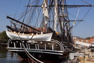 Photo: USS Constitution baptisé par Georges Washington en 1797 3 mats en bois en état de naviguer