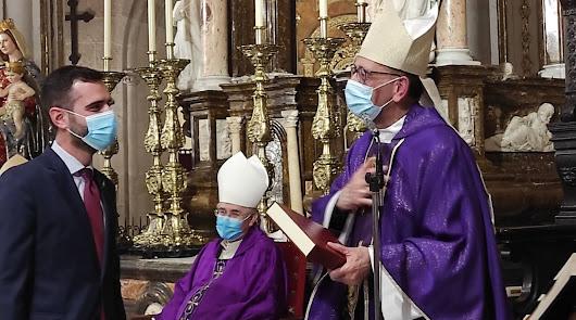 El alcalde le pide al cardenal Omella que el papa Francisco visite Almería