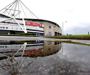 Wat een verhaal! Bolton heeft géén spelers, géén geld, géén shirts... maar speelt iedere week voor 16.000 fans!