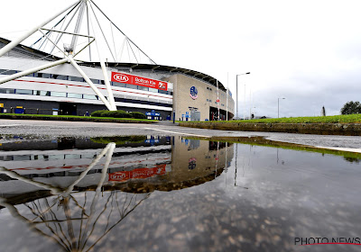 UPDATE: Nog steeds geen spelers of shirts, maar... Bolton is gered!