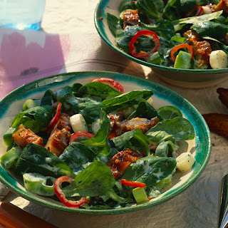 Feldsalat mit Pfeffer-Makrele