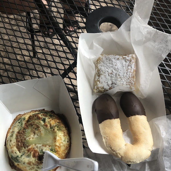 Broccoli quiche, lemon bar and almond cookie dipped in dark chocolate. Breakfast of champions.