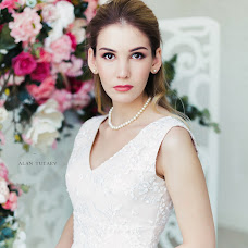 Wedding photographer Alan Tutaev (AlanTutaev). Photo of 04.12.2017