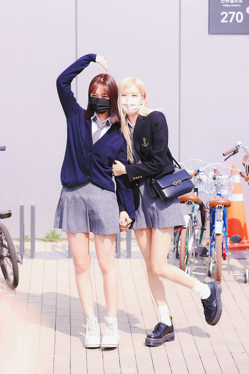 roseschooluniform_2