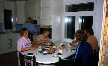 Photo: 1992 Sopukadun keittiössä 1992 Sopukadun keittiössä
