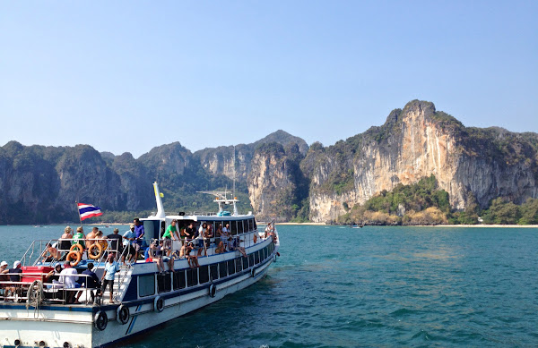 Travel from Railay Beach to Koh Lanta by Ferry
