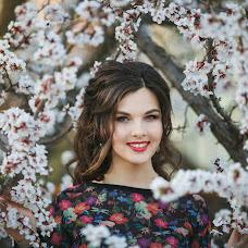 Wedding photographer Irina Yalysheva (LiSyn). Photo of 04.05.2017