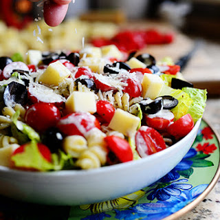 The Pioneer Woman's Pesto Pasta Salad