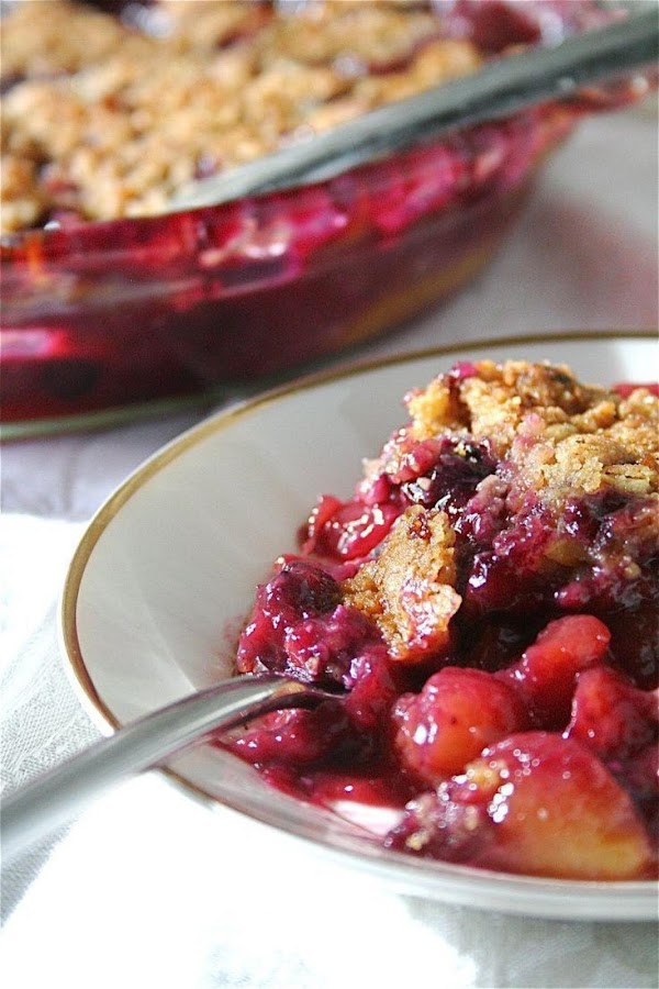 Peach-blueberry Crisp With Almond Topping Recipe